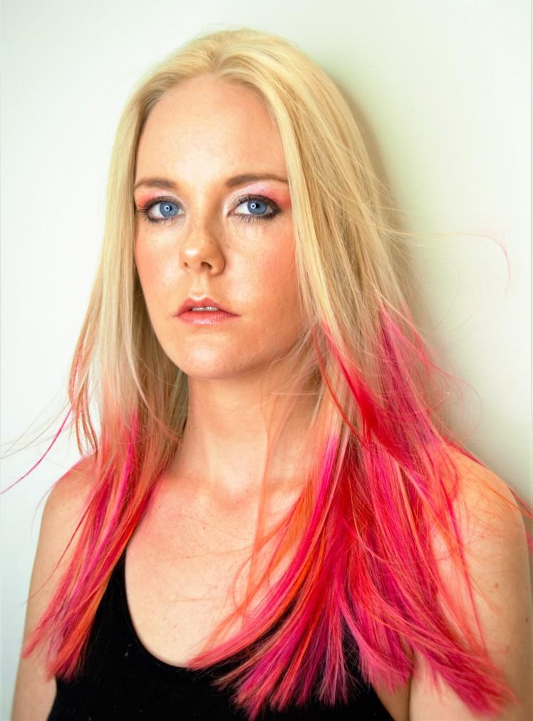 pink-hair-tips